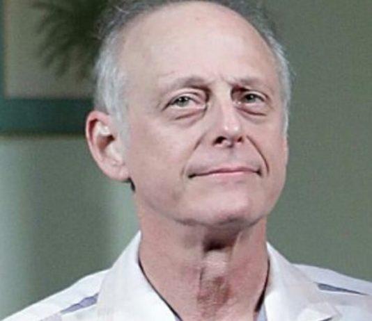Veteran actor Mark Blum dies after contracting coronavirus